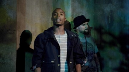 B.o.B - Airplanes (Feat. Hayley Williams of Paramore) (Оfficial video)