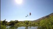 100% Еxtreme ® Скокове в езерото 11метра във въздуха.