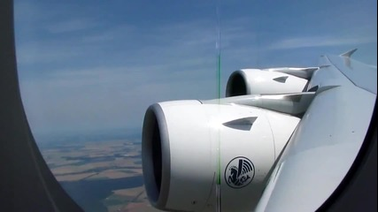 Air France A380 излита от Париж