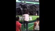 Как се товари мотор върху рейс