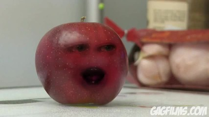 The Annoying Orange - Hey Apple !