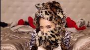 *2014* » Ariana Grande - Santa Tell Me ( Официално видео + Отрязани кадри ) - Коледна Премиера