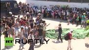 Greece: Kos police use force on heatstroke stricken migrants