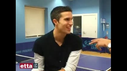 Arsenal F.c. Robin Van Persie Plays Table