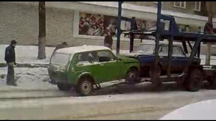 Как се качва кола на автовоз :)