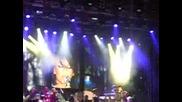 Rihanna - Rehab [на Живо от площад Батемберг - София 30.11.2007]