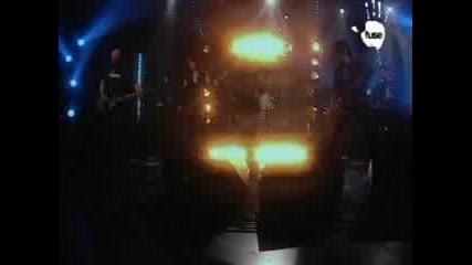 Roadrunner United - Tired N Lonely (live)