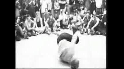 Brilliance Of Break Dancing