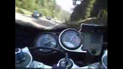 Ненормалко Каране С Kawasaki Zx9r