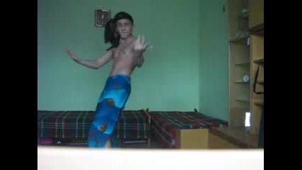Лудака От Танцувай С Мен 2