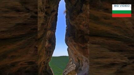 Мистерията на пещера Утробата