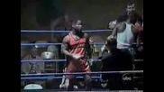 Пиян боксьор се качва на ринга !