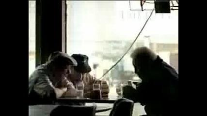 Реклама - Пенсионери Пият Мляко