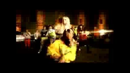 Avril Lavigne Featuring Lil Mama - Girlfrien