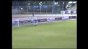 Гол от Центъра в 4 - тата секунда на мача