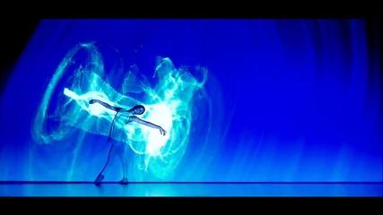 Прекрасен танц със светлинно шоу !