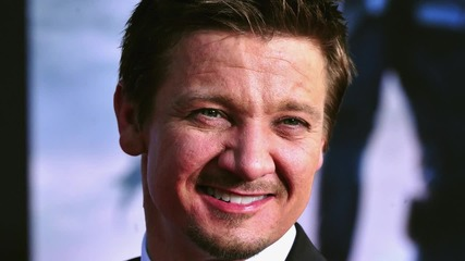 Jeremy Renner on Being Gay