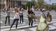 Най-зарибяващия танц на Ленивеца Сид ( Ice Age 4 )