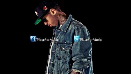 Tyga - Molly ft. Wiz Khalifa & Mally Mall