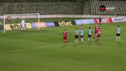 Камбуров с нов гол, рекордът на Жеков все по-близо