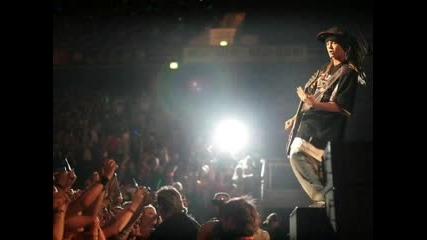 Tokio Hotel - Тъжно, Но Позитивно Клипче