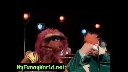 The Muppet Beaker and Mimi