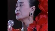 Misora Hibari sings Kanashii sake