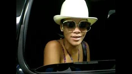 Rihanna`s shoutout to rihannadaily.com