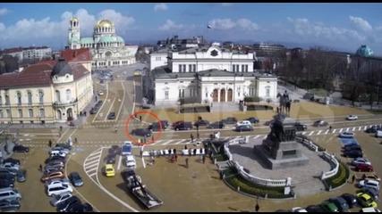 Кола на НСО блъсна пешеходец пред парламента