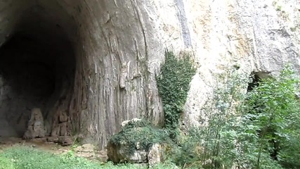Красотите на България - пещерата Проходна