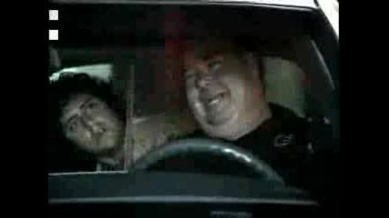 На Полицаи Им Харесва Мустанг