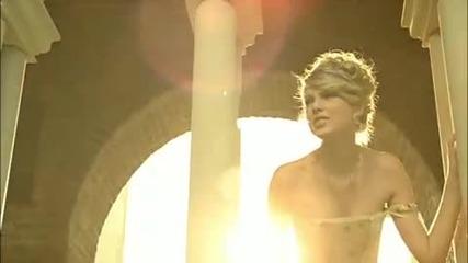 (превод и текст) Taylor Swift - Love Story (hq)