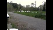 No Connection - Пръднички в парка - скрита камерка