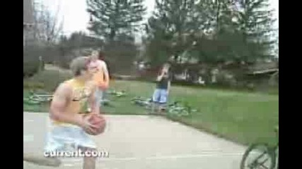 White People Dunking : Viral Video Film School