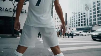 Кристиано Роналдо в реалния живот - Смях