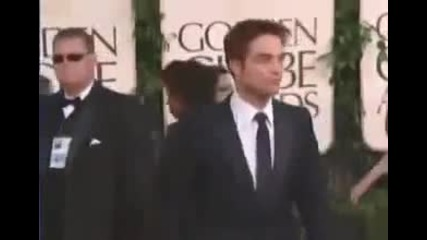 Robert Pattinson on the red carpet - Golden Globes 2011
