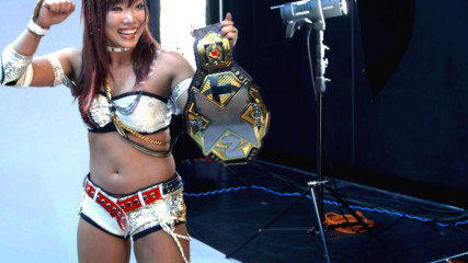 Kairi Sane is elated by her NXT Women's Title photo shoot: WWE.com Exclusive, Aug. 18, 2018
