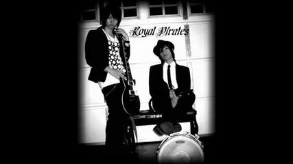 Royal Pirates - Crawling Out