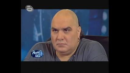 Music Idol 3 - Кастинг В София 10.03.2009 Първият Кандидат Борис Христов