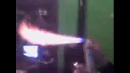 Келеши правят горелка от дезодорант