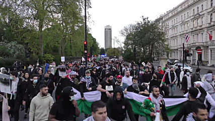 UK: Protesters march to Israeli embassy in London in solidarity with Palestinians