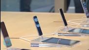 Apple Faces U.S. Class-Action Lawsuit Over Bag Searches