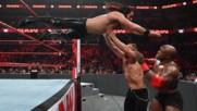 Seth Rollins vs. Bobby Lashley vs. Dean Ambrose - Intercontinental Championship Triple Threat Match: Wal3ooha, 17 Januar