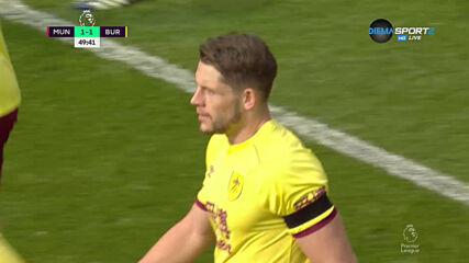 Тарковски върна Бърнли в мача срещу Юнайтед