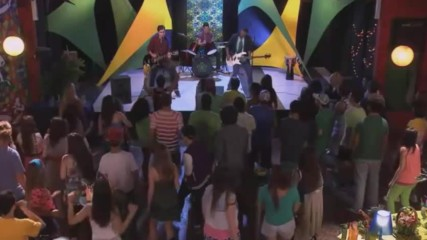 Violetta Entre Dos Mundos Clip Musical