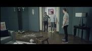 Гарет Бейл, Дейвид Бекъм, Лукас Моура и Зинедин зидан играят домашен футбол - Реклама на Адидас