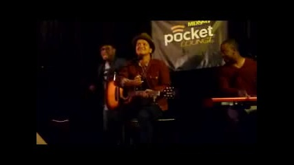 Bruno Mars singing Baby :d