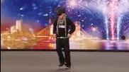 Кастинг за таланти Еидън Дейвис с талант да танцува