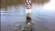 Жена на риболов - смях