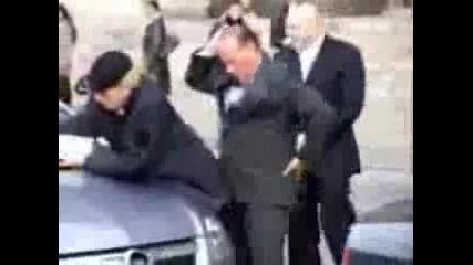 Берлускони - коцкар